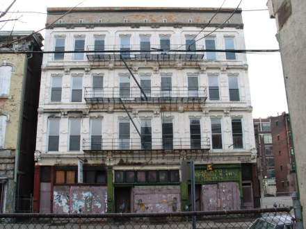 1214 Vine Street - Before